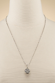 Lisa_Hoffman_Fragrance_Necklace