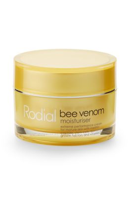 The warm and tingling sensation that this anti-aging mask gives the skin is the bee venom in its formula working to stimulate and increase the body's wrinkle-smoothing collagen and elastin to.