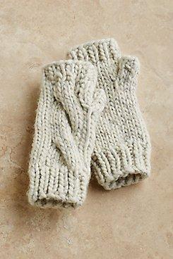 Cozy_Knit_Fingerless_Gloves
