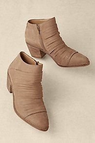 Zavrina Booties