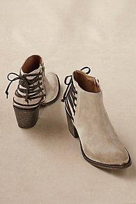 Ada Boots