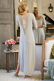 Auvergne_Gown_I