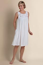 Cutwork_Hydrangea_Gown