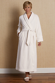 Perfect_Plush_Robe