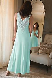 Bella_Gown
