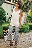 Women Geometrique Crop Pants Photo