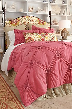 Bella_Smocked_Coverlet