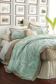 Heirloom Floral Quilt