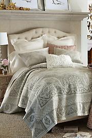 Alhambra_Tapestry_Coverlet