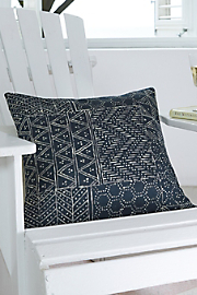 Adivasi_Pillow