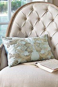 Cielo Pillow