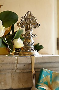 Fleur_de_Lis_Stocking_Holder