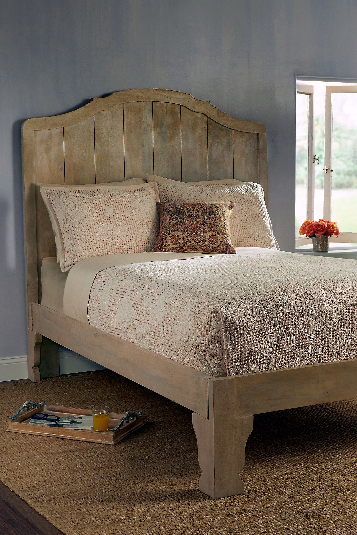 Bonheur Bed