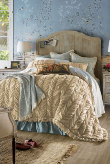 Annadel-comforter
