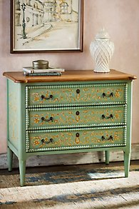 Acanthus Beaded Chest