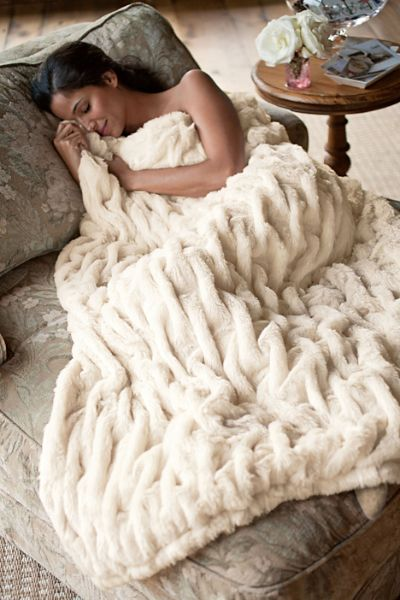 Love this super soft Parisian faux fur throw