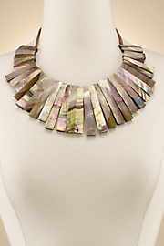 Seaside_Shell_Necklace