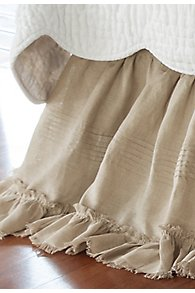 Heritage_Bedskirt