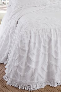 Lucciana Skirted Coverlet