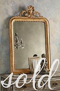 La Coquille Mirror